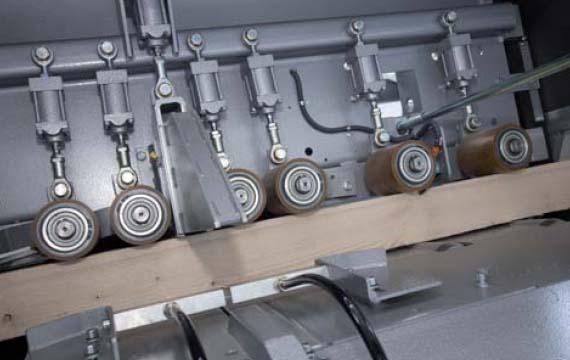 Optimizator cherestea - role pentru ghidarea piesei - C14 - Paul Maschinenfabrik