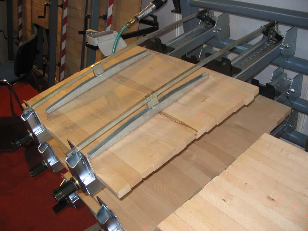Presa lemn sistem de strangere pneumatica - Trimwex