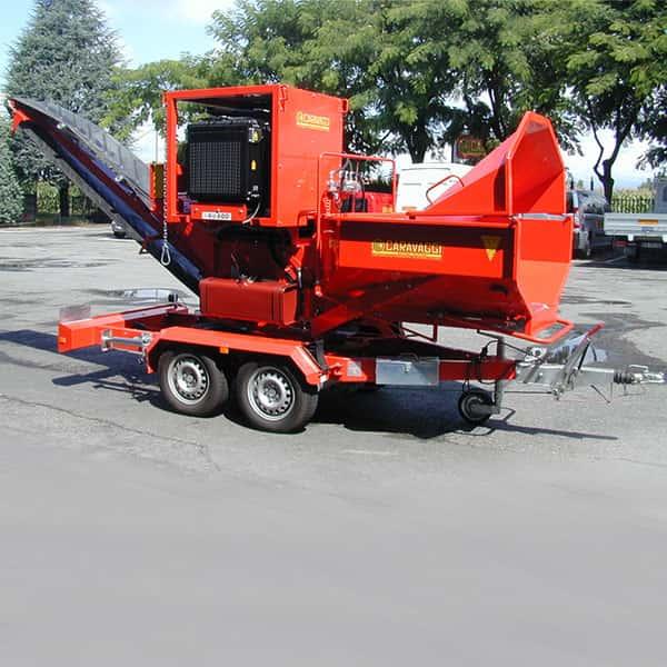 Tocator crengi (masina pentru tocat crengi) si alte resturi din lemn cu motor electric sau pe motorina - BIO 600