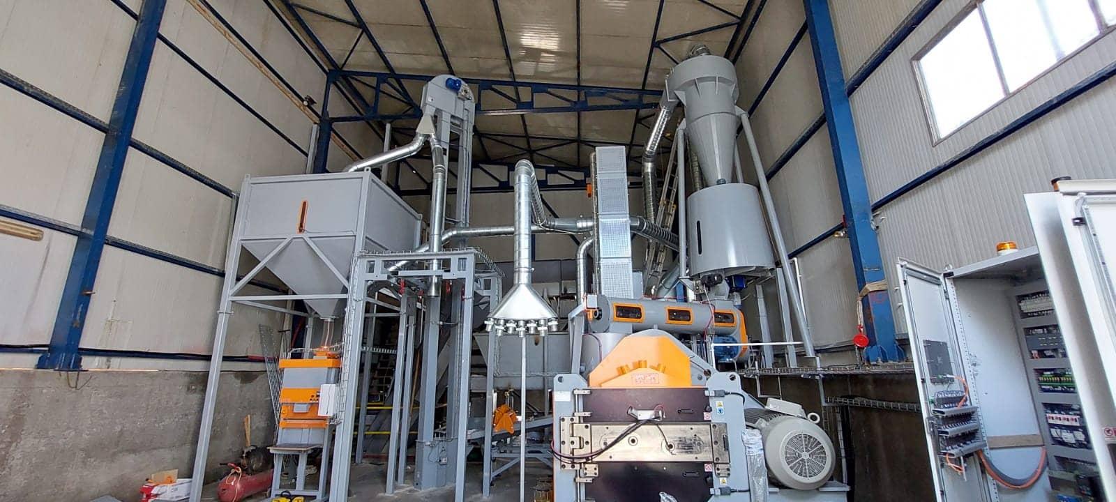 Linie peleti capacitate 2 tone pe ora judetul Neamt (15)